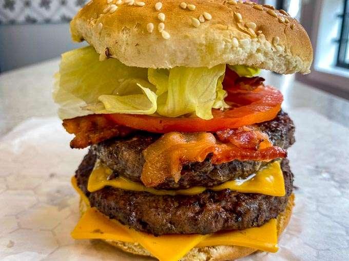 Double Bacon Cheeseburger - Bbq Bandits